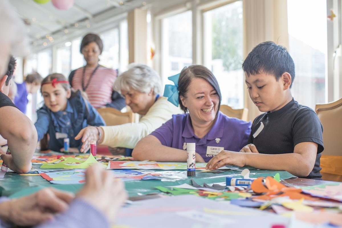 inter-generational art sessions